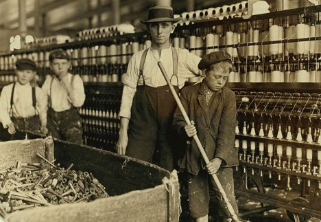 06child_labor_united_states_lewis_hines_roll